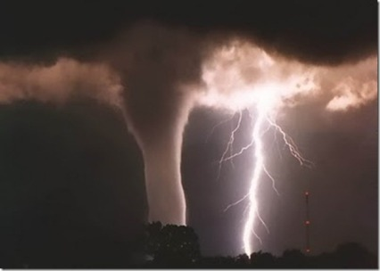 tornadodamage1_thumb.jpg